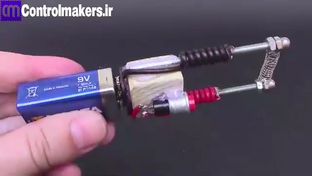 how-to-make-an-electric-hot-wire-lighter-2